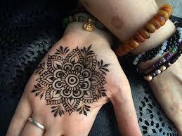 Henna Workshop in Morocco